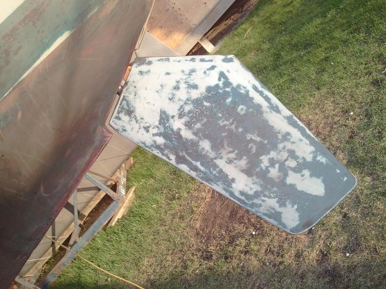 G26 Rudder Replacement-2012-04-12-19.13.42.jpg