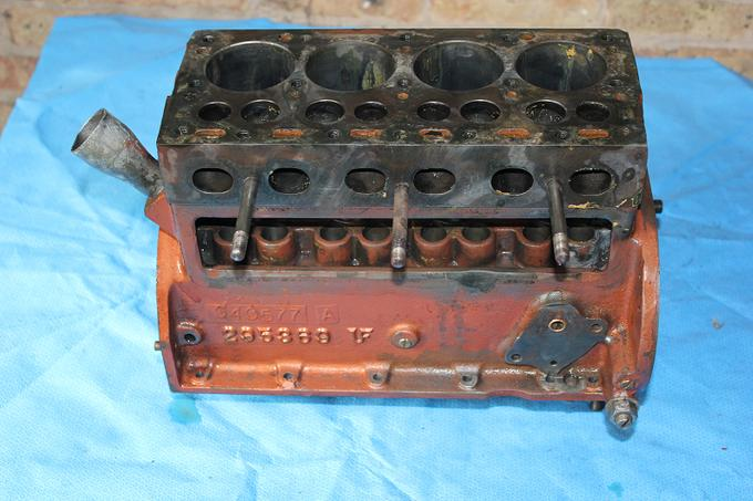 ,600 to rebuild Atomic 4? replace/rebuild-engine-9.jpg