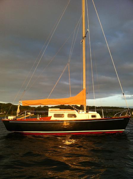 Examples of cca era sailboats-img_1011.jpg