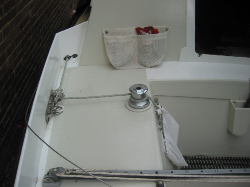 Sheet winch position-img_3247.jpg