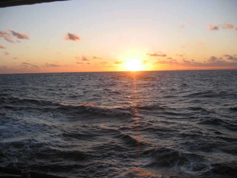 Lets get some good sunrise/sunset pictures....-img_3766.jpg
