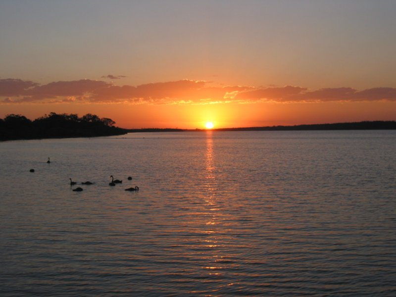 Lets get some good sunrise/sunset pictures....-photo-1.jpg