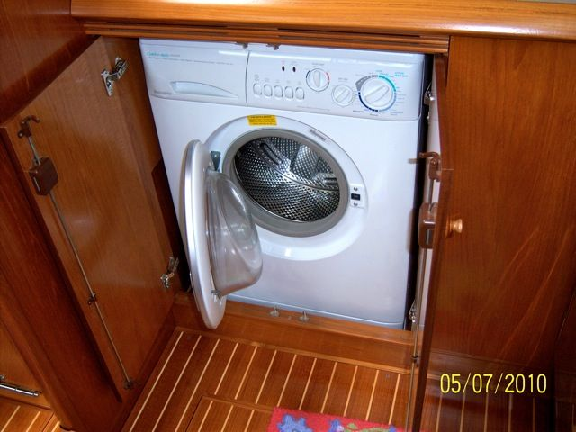 Musings of a Live Aboard-washer-dryer-2.jpg